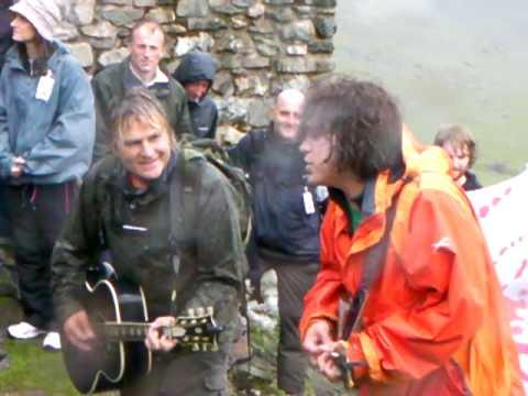 Mike Peters Snowdon Rocks 3 'Jamming' Half Way Cafe 04.07.09