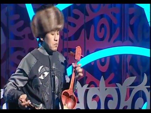 Kazbek Adykei - Kazakh Traditional Music (Kobyz)