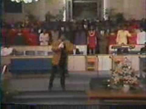 Behold the Lamb of God - New Life Inspirational Gospel Choir