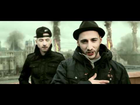 l'one featМосква..ночью пустой - МКАД...Днём забитая - Тверская... Это шум мегополиса ,что слух ласкает...Это радио NEXT на FM частоте...Это город Москва на Москве - реке.Это мой дом,это твой дом.Это моя Москваааа, я люблю тебя. - l'one feat Кнара, Баста,