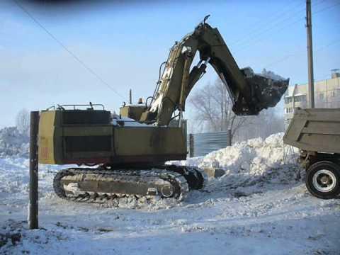 "Old Soviet Excavator ЭО-5123 Wit Front Shovel Loadin"" Snow"