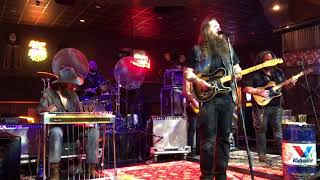 Whitey Morgan jams best Live Waylon Jennings Waymore's Blues 02/10/2018 Durant OK