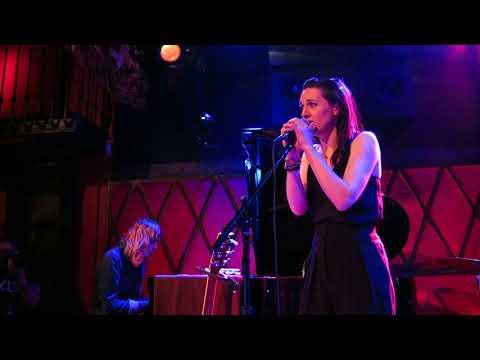 Lena Hall - &39;Creep&39; Radiohead cover - Rockwood  Hall - NYC - 22618