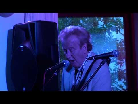 2010 Delta Blues Band SonyCX115E