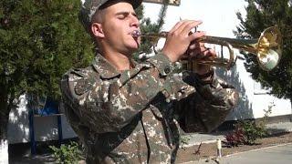 Պավլիկ Աբովյանին, ինչպես բոլոր զինվորներին, տանը սպասում են գրկաբաց