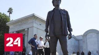 В Лос-Анджелесе установили памятник погибшему актеру Антону Ельчину - Россия 24