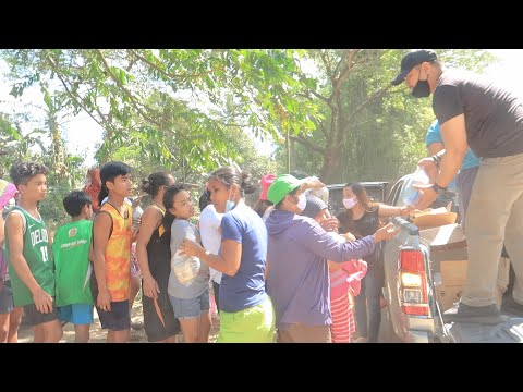 Aiding Victims Displaced By Taal Volcano's Eruption