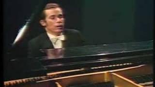 Glenn Gould - Bach, Concerto BWV 1058 - II Andante