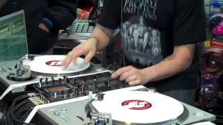 DJ Skribble Live @ Rock & Soul DJ Tribute / Christmas Event