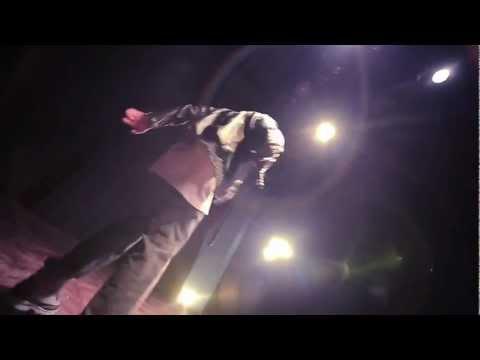 [MV] Never Gone (Đừng Lùi Bước) - Karik
