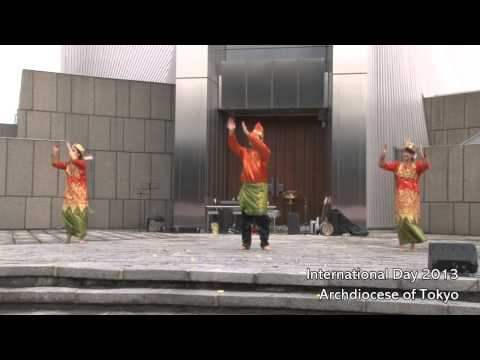 INTERNATIONAL DAY 2013 Cultural Performances02 Indonesian Traditional Dance