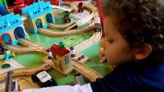 Chuggington Train Table & Thomas And Friends Wooden Playtable (side By Side Comparison)
