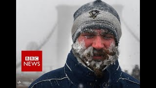 Bomb cyclone: brings travel chaos and deaths to US north-east - BBC News