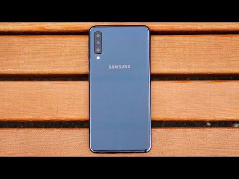 Samsung Galaxy A7 (2018): 袨斜蟹芯褉 薪芯胁懈薪泻懈 褋 褕懈褉芯泻芯褍谐芯谢褜薪芯泄 泻邪屑械褉芯泄