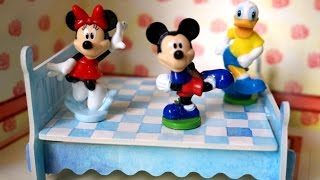 Mickey Jumping on the Bed | Five Little Micky & Friends Nurs...
