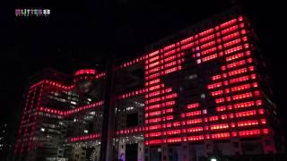 2013年12月13日から始まった、フジテレビ社屋の壁面全体を使った巨大LED...