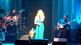 Faith Hill- I'll Stand By You (Live)