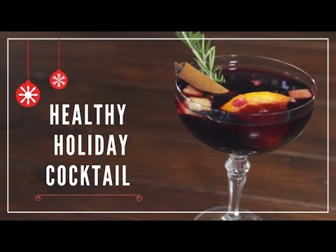 10 Lighter Holiday Cocktails Under 160 Calories