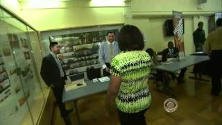 Unemployment keeping job fairs crowded