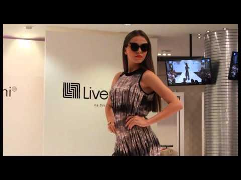 d571749d9 Sarah Bustani en Liverpool - YouTube