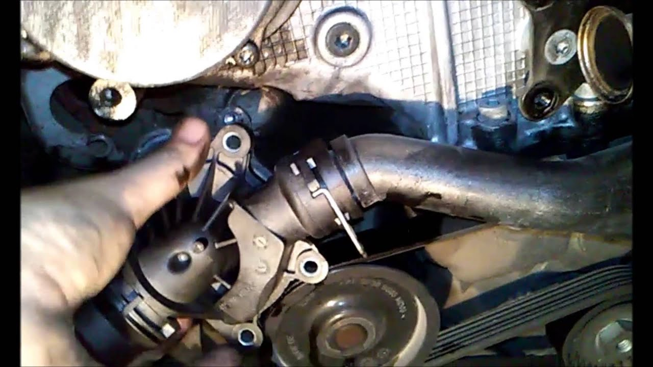 Bmw E46 Change Thermostat Youtube