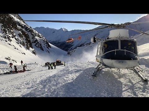 Avalanchas provocam pelo menos cinco mortos em Itália