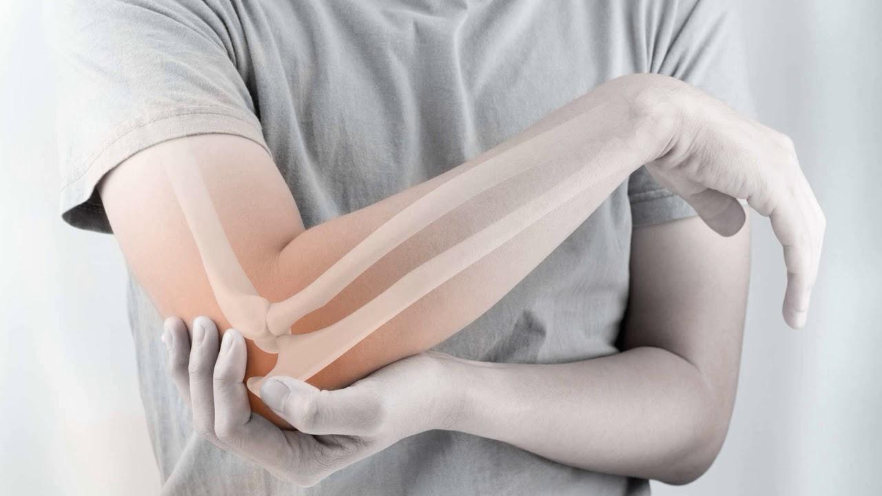 Вывих или перелом как определить? Как определить вывих руки?