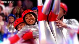 2009 Top Fails -  Hole in the Wall - Series 2 Episode 10 Highlight - BBC One