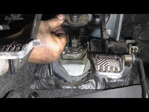 Снятие и установка рулевой рейки Лада 112 ВАЗ 2112