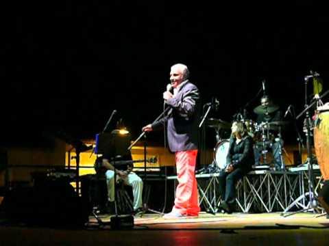 """Cabaret (Il dialetto, l'America) - 'NDUCCIO & """"IL SENTIMENTO AGRICOLO"""" a Pescara (PE)  25-09-2011"""