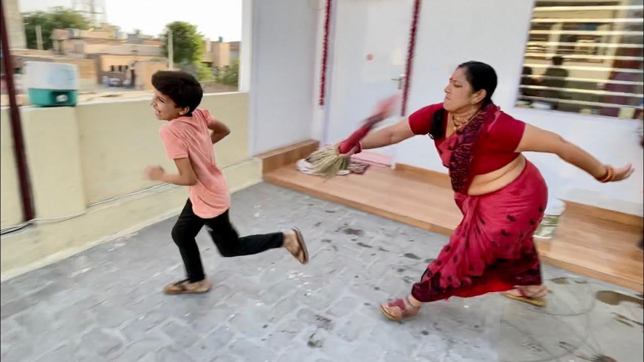 Download Piyush Ko Pit Diya Mummy ne 😂😂