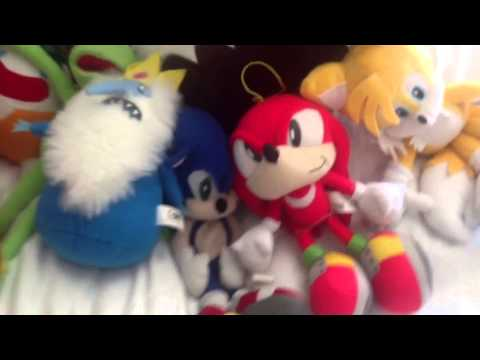 mickey mouse vs chuck e cheese pt 2 youtube. Black Bedroom Furniture Sets. Home Design Ideas