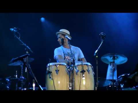 Kokomo - The Beach Boys w/ John Stamos - Universal Mardi Gras