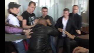 «С14» напали на адвоката Муравицкого, Житомир, 28.09.2018 (ПОЛНОЕ ВИДЕО)