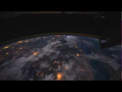 Посмотрите, как выглядит Земля с Марса
