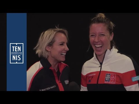 "Fed Cup #FRAUSA, la ""french"" interview de Pauline Parmentier et Bethanie Mattek-Sands"