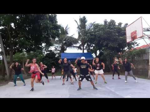 Chiquita zumba dance by Paul Nunez with the riza vill.2 zumbangers