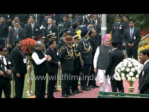 PM Modi arrives amid loud cheers from crowd at 68th Republic Day