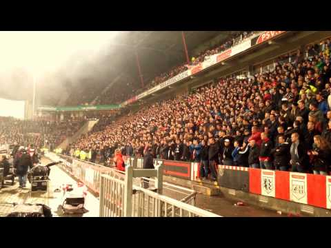 PSV Support: Cheerio Cheerio, In Eindhovuuuh zingen we zo !