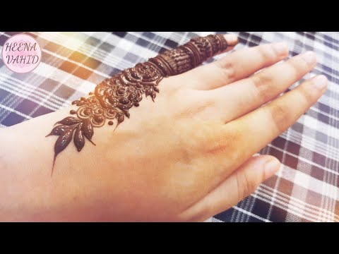 Super Imut Heena Parmar Nostalgia Unggah Foto Masa Kecil Worldnews