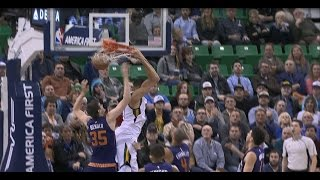 Rudy Gobert Seals the Game with a Reverse Alley-Oop   12.06.16