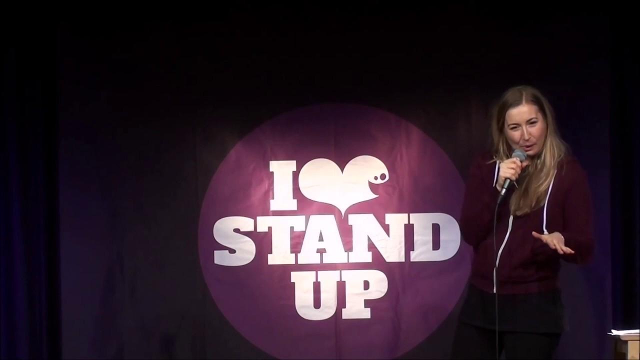Lena Kupke Stand-Up Comedy - Die Kündigung, Physiotherapie - Lena Kupke Stand-Up Comedy - Die Kündigung, Physiotherapie