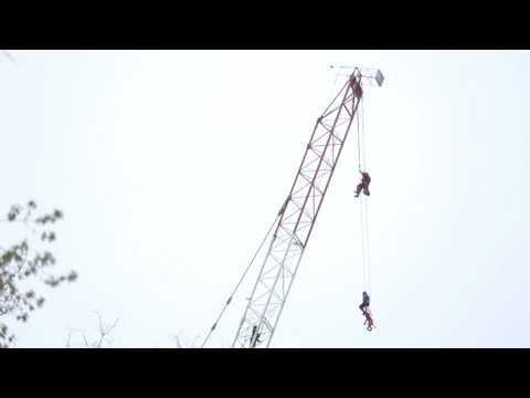 Raw: Rescue footage of woman rescued from top of crane