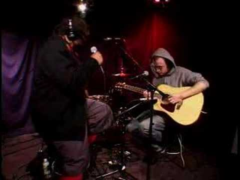 SKINDRED  nobody acoustic