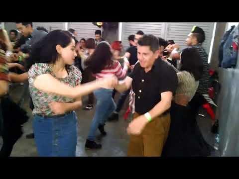 Rockin Robin  Dj Serch Castañeda en Lucys Diner Garage