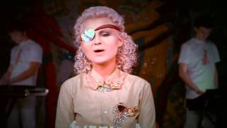 Катя Chilly - Я - молодая [HD 720p]