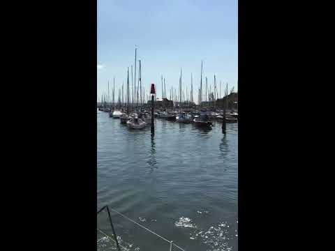 Berthing 50ft Yacht 'Bella of London' at Lymington Marina