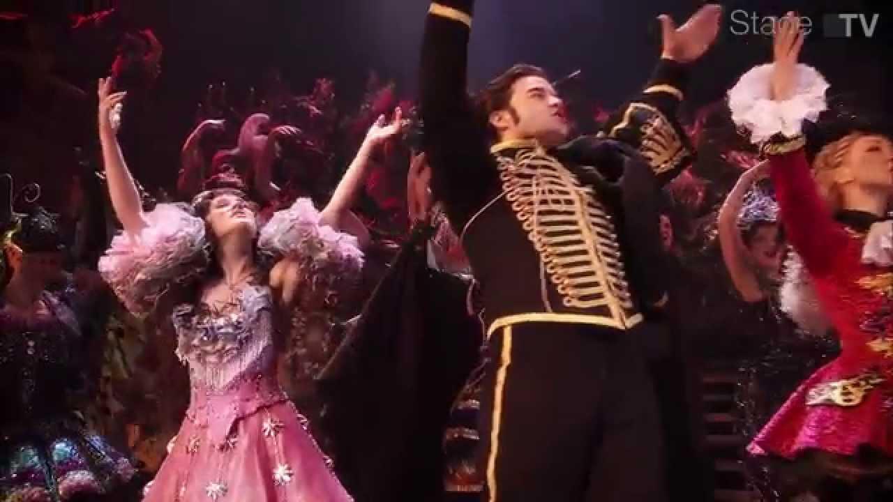 Andrew Lloyd Webbers Das Phantom Der Oper Kehrt Ab Dezember 2013