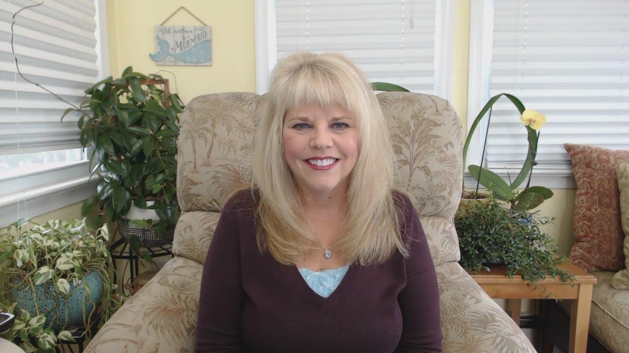 Смотреть видео Aquarius Psychic Tarot Reading March 12222 by Pam Georgel на Smotri.City бесплатно