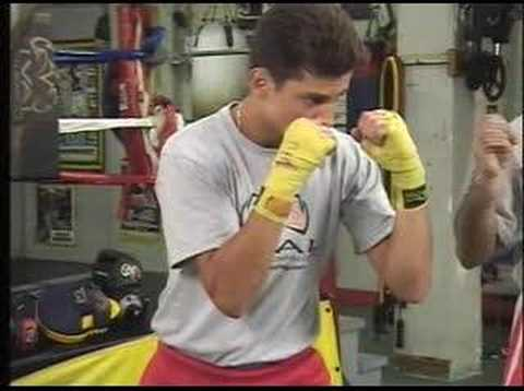 Rival Boxing Gear Tips / The proper stance
